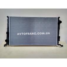 Радиатор охлаждения Renault Duster Оригинал 8200880550