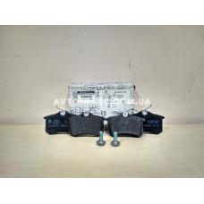 Колодки тормозные передние Renault Duster 4x4 Оригинал 410600379R