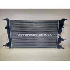 Радиатор охлаждения 1.5 DCI Renault Megane 3 (2009-2016) Valeo 735607 Оригинал 214105150R